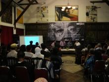 diskusi dan audiens